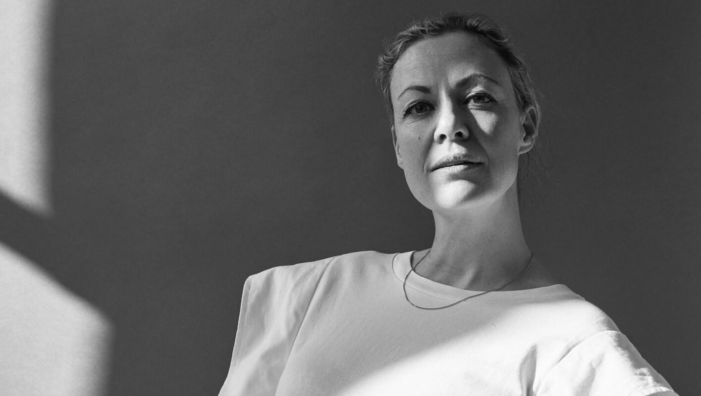Viviane Sassen - by Hanneke van Leeuwen